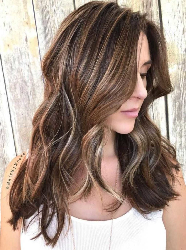 24 winning long brunette hairstyles 50 ideas for light brown hair with highlights and lowlights long 763x1024 - Цвет темный блонд: оттенки, волосы, краска, фото