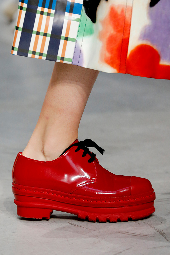 Model on the catwalk, shoe detailMarni show, Detail, Spring Summer 2018, Milan Fashion Week, Italy - 24 Sep 2017