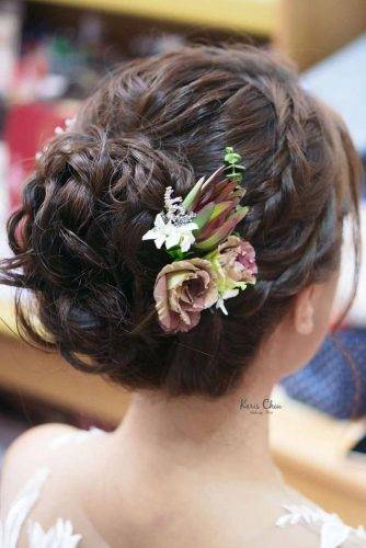 Fairy Updos Decorated With Flowers picture 3