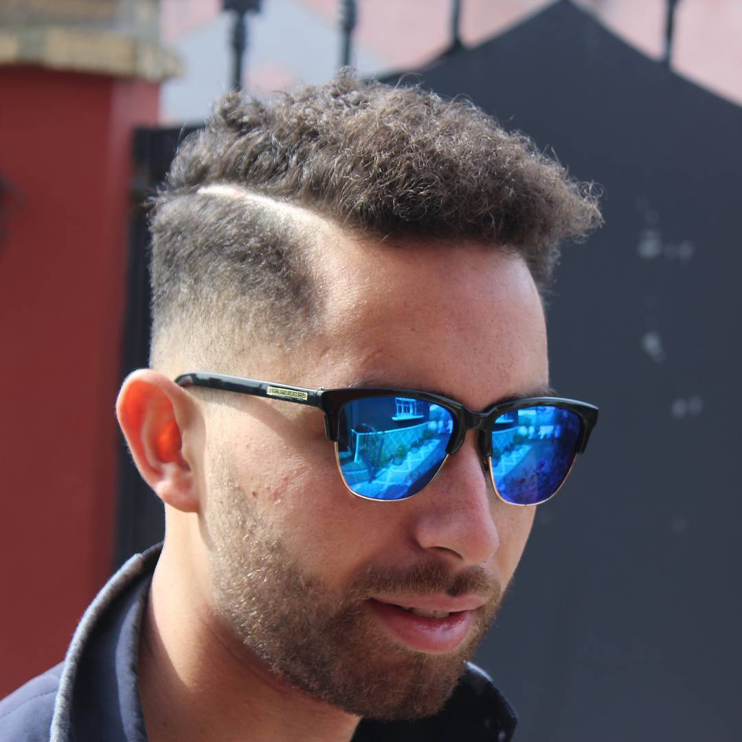 cool haircuts for curly hair men