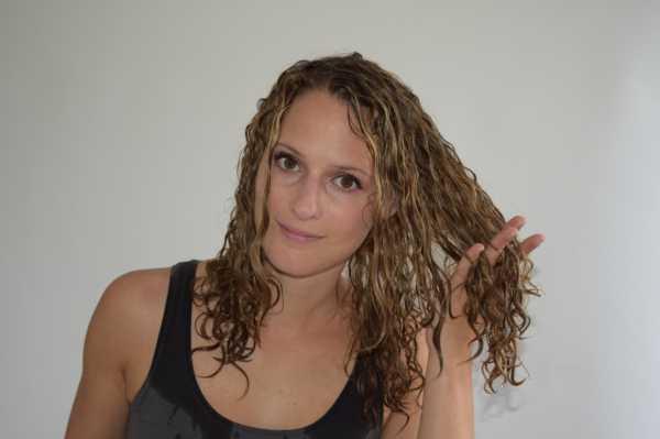 Как сделать кудрявые волосы – 8 способов, как сделать кудрявые волосы дома – Салон красоты Кристины Быковой метро Проспект мира Москва