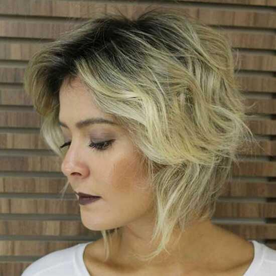 Русые волосы с затемненными корнями